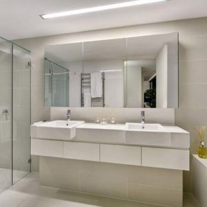 Mirror Repair & Replacement in Greensborough